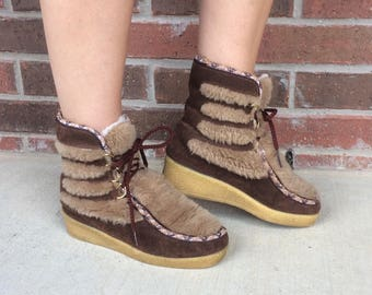 vtg 70s SUEDE Lace-Up Faux Shearling WEDGE BOOTS hippie 6 boho winter leather faux fur