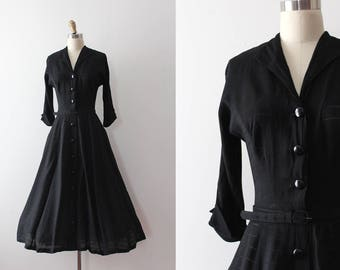 vintage 1940s dress // 40s black dress with belt