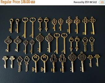 ON SALE Antique Bronze Skeleton Keys - 36 Vintage Key Charms Antiqued Brass Replica Skeleton Key Skeleton Key Set - Keys to the Kingdom