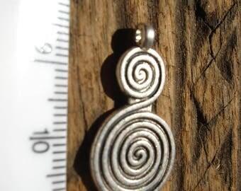 Moroccan medium double spiral metal pendant