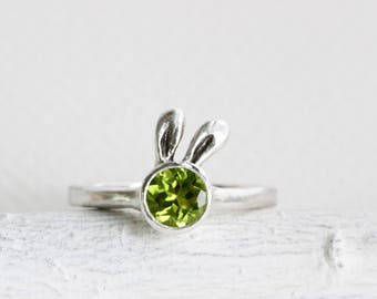 Green Bunny Peridot Sterling Silver Ring,Rabbit Fine Jewelry