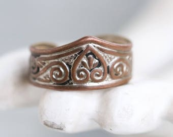 Tiara Thumb Ring - Ring Size 9 Adjustable - Copper Toned
