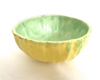 Vintage berry  bowl