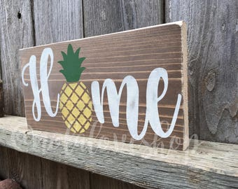 Home pineapple| summer wood sign| pineapple sign| rustic summer wood| rustic pineapple| distressed pineapple| home rustic| home wood sign|