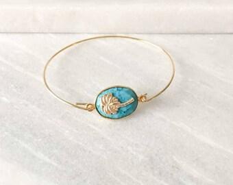 Bracelet jonc plaqué or turquoise avec palmier