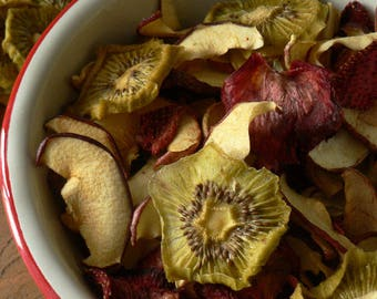 100g - Mélange pomme/Kiwi/fraise/ déshydraté. Friandises pour lapins