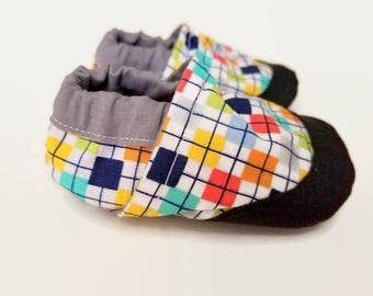 plaid baby shoes non slip baby shoes with toe guard boy baby booties vegan shoes gender neutral indoor shoes flexible booties moccasins girl