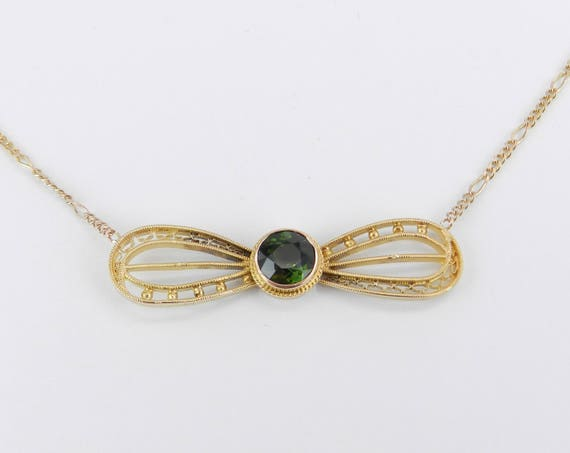 14K Yellow Gold Antique Green Tourmaline Bow Tie Necklace Pendant Circa 1930s