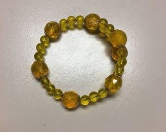 Chunky amber beaded bracelet