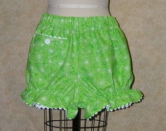 Knickers Lime Daisy cell pocket button elastic at waist and leg white ricrac at pocket and leg ruffle size large x large cotton sleep shorts