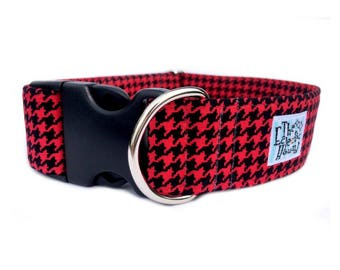 "SALE: Urban Houndstooth Dog Collar - Adjustable 1.5"" Black and Red Houndstooth Side Release Aqua Star Buckle Dog Collar"