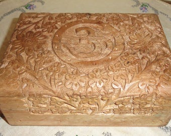 Light Colored Wood Wooden Ornate Detailed Floral Flowers CARVED Home Decor Accent Hinged BOX