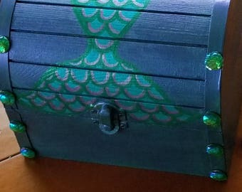 NEW STYLE! Mermaid Tail Treasure Box, Mermaid Chest, Jewelry Box, Have Personalized at front bottom! Or have custom made! Choose your colors
