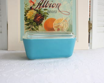 Pyrex blue refrigerator box- Free Shipping