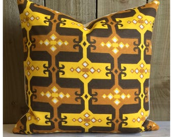 "Vintage 1970s Retro Fabric 16"" x 16"" Yellow & Brown Psychedelic Fabric Retro Throw Pillow Cover"