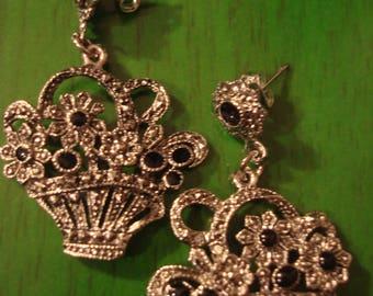 Vintage Silvertone Basket Earrings