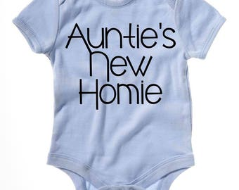 Auntie's New Homie Onesie, Auntie Onesie, Aunt Nephew, Gift from Aunt, Aunt to Be, Aunt Onesie Boy Nephew Going to be an Aunt Onesie