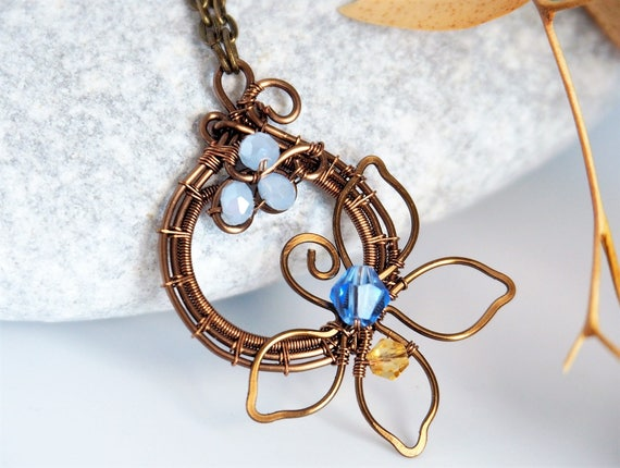 Flower Wire wrapped pendant Nature jewelry Anniversary gift for women Handmade jewelry Circle Geometric light blue leafy