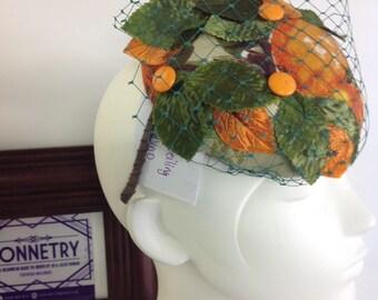 Oranges button hat