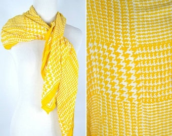 SUMMER SALE Vintage 1970's Yellow Houndstooth Large square scarf - Large fashion Cotton scarf