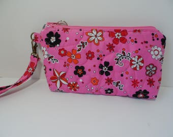 Quilted wristlet pink,  small purse with zipper