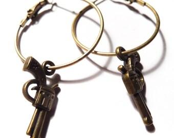 Small bronze steampunk gun hoops