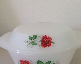 Arcopal France bowl vintage bowl with red roses
