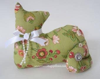 Cat Shelf Sitter, Fabric Cat, Floral Cat, Primitive Country Cat, Green Floral Kitten Shelf Sitter