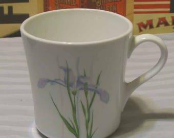 vintage Corelle Iris  mug 8 ounces replacement