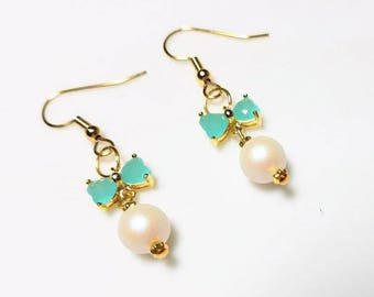 Mint Green Butterfly Wing Gold Earrings with Iridescent White Swarovski Pearl Hypoallergenic Nickel Free Earrings Dangle Drop Nature Jewelry
