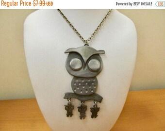 ON SALE Vintage Dangling Owl Necklace Item K # 1535