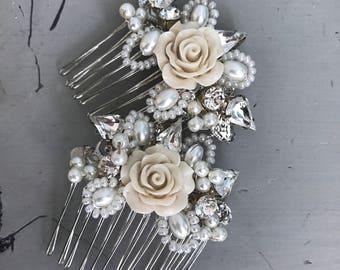 Pearl hair comb- vintage bridal accessories - bridal hair comb- bridal hair comb-wedding hair accessories. Rustic wedding