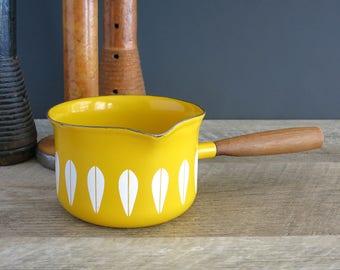 Cathrineholm Lotus Butter Warmer, Sauce Server - Cathrineholm Norway Sunny Yellow Pot - Grete Prytz Kittelsen Design - Yellow Lotus Pot