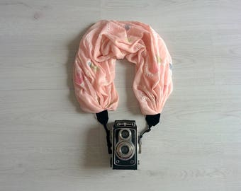 Camera strap Scarf camera strap Pink camera strap scarf Floral camera strap DSRL camera strap Photography prop Camera accessories