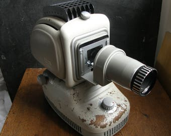 Great retro looking NORIS projector,Fab looking, Free uk postage