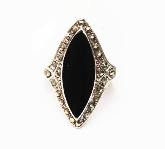 Onyx sterling Marcasite ring - size 7 - sterling silver - Black Onyx Gemstone - Art Deco