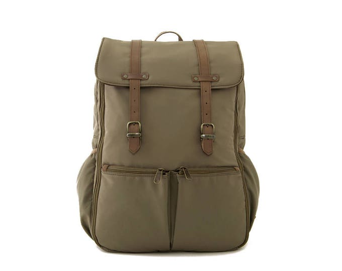 CARRYALL Moms & Dads Diaper Bag / Khakis Green Nylon