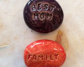 Lot of 2 Pocket Stones - BEST MOM - FAMILY - Inspirational Art Pieces by Inner Art Peace
