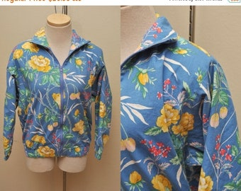 ON SALE 80s Blue Floral Jacket Womens Size Small