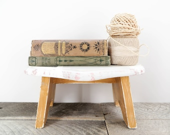 Little Foot Stool - Gray and Gold - Heart Footstool - Modern Trendy Kids Room