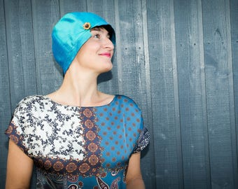 1920s-inspired cloche hat in turquoise silk, size 57 to 58 cm