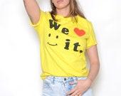 "Vintage 90's ""We Love it"" Smiley Face Graphic T-Shirt Sz S"