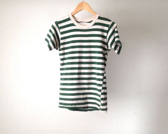 striped 90s SURF white & forest green faded short sleeve t shirt