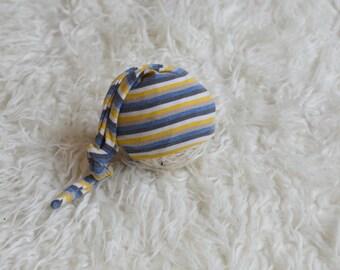 RTS Newborn boy/girl striped sleepy hat Newborn Baby boy photo prop stripes blue cream mustard top knot hat