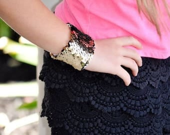 Sequin Mermaid Bracelet, Sensory Tool, Black and Gold Double sided sequins, School Spirit Accessory, Calming bracelet, Kids bracelet