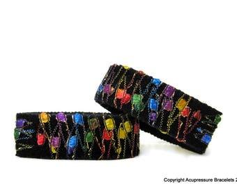 Motion Sickness Bracelets for all symptoms of nausea, vertigo, heartburn. Adjustable and Comfortable. Rainbow