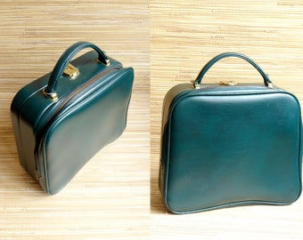 Vanity Case - Beauty Case -  Handbag - Green - Suitcase - Mid Century Modern Mad Men - 1950s 1960s - Vintage Pin up Betty Page
