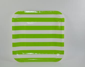 8 plates in green striped pattern square card