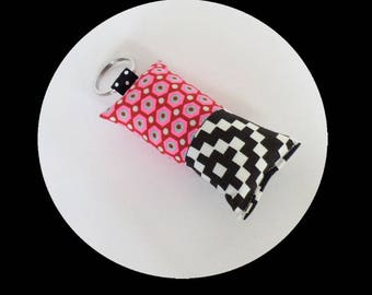 Keychain fabric Rose and neon turquoise and black and white checkered