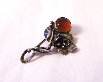 Vintage Sterling Silver Carnelian Brooch, Silver Foliate Brooch, Silver Carnelian Pin, 925 Silver Pin, Arts and Crafts, Flower Silver Brooch